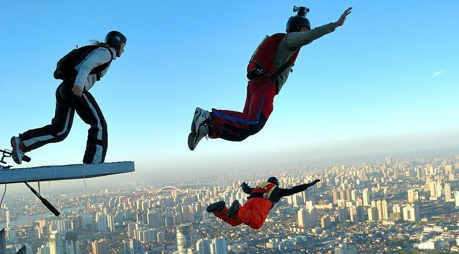 bigstock-Base-Jumping-In-Shanghai-1371612_19080.jpg